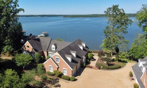 Middlesex County waterfront home