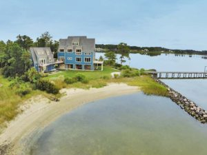 Severn River beach home