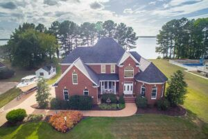Waterfront home on the York River