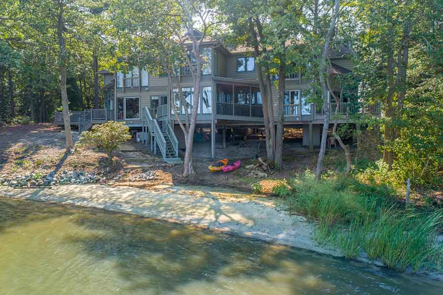 Waterfront Condominium in Deltaville, Virginia