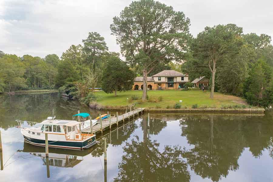 Clifton Villa on Queens Creek in Mathews