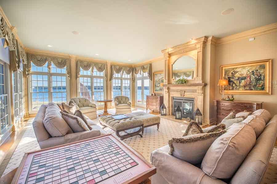 Luxurious Waterfront Interior