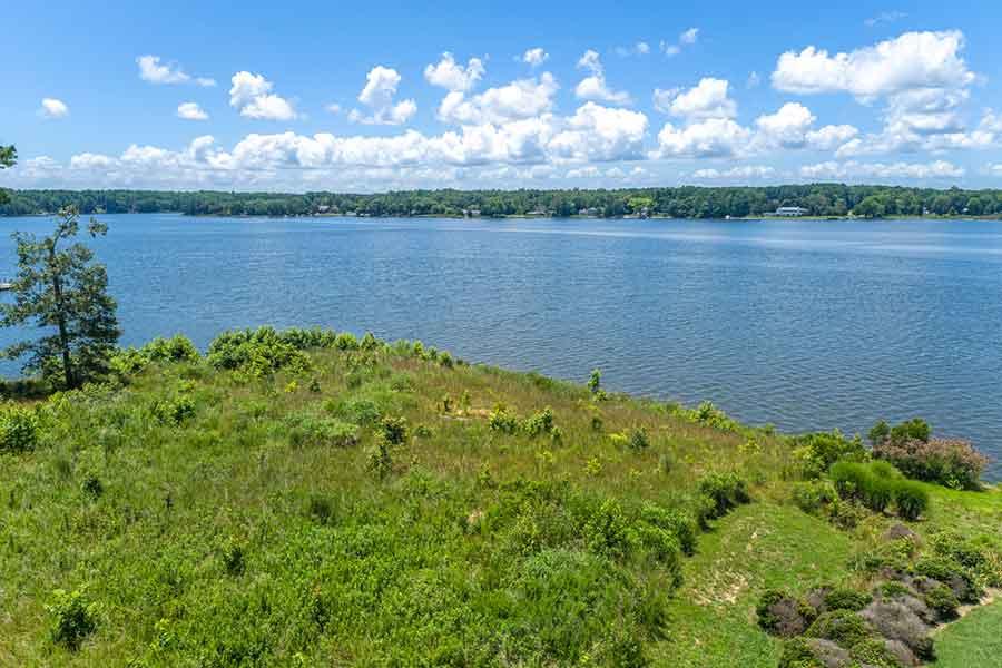 Piankatank River land